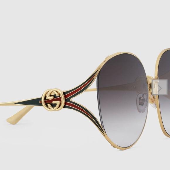 cef2332731281 Gucci Woman sunglasses